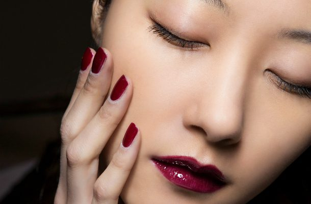 30 Beauty Tips & Tricks Every Woman Needs to Know